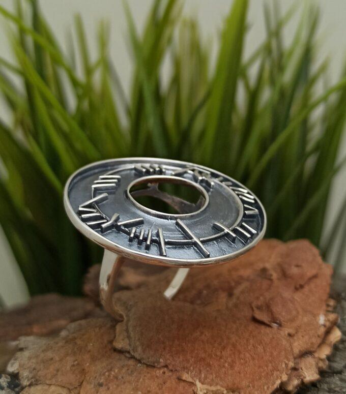дамски-пръстен-от-сребро-кръгъл-сребърен-пръстен-920R-студио-николас