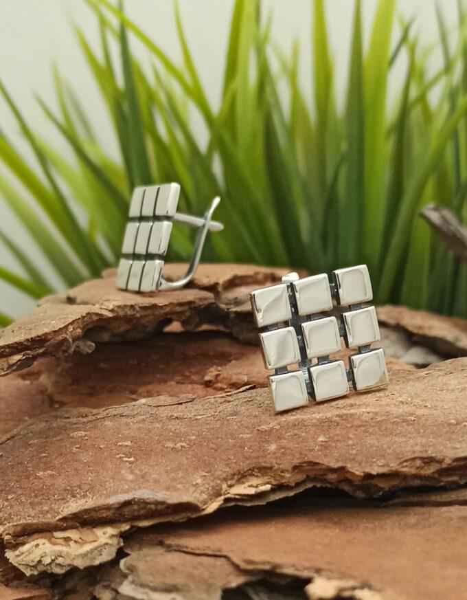 damski-srebarni-obici-669e-kvadrati-model-anglijsko-zakopchavane