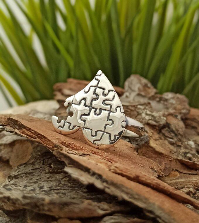 sreb-ren-pr-sten-pazel-forma-na-sarce-prasten-ot-srebro-sterling-silver-ring-1137r