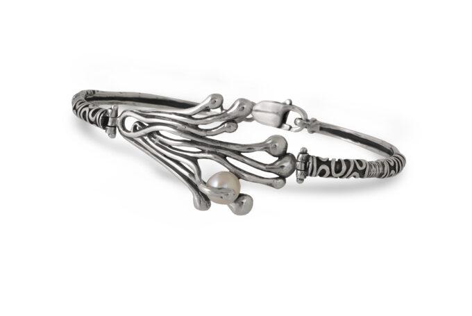 Дамска сребърна гривна с инкрустирана речна перла 1144B, Студио Николас