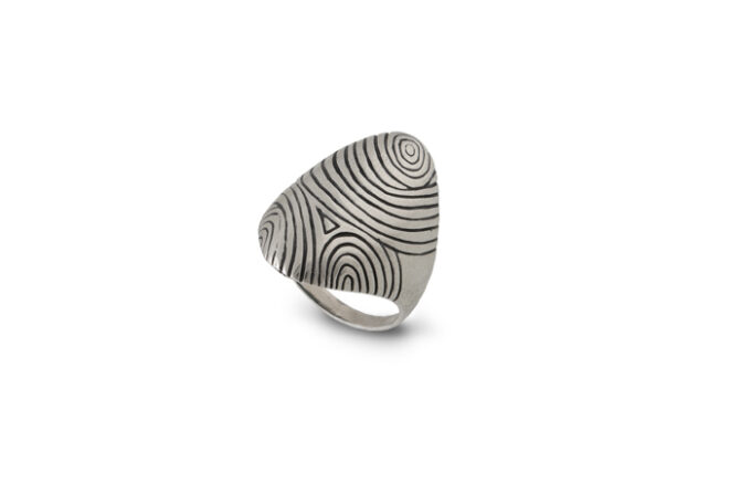 Дамски сребърен пръстен 1208 R