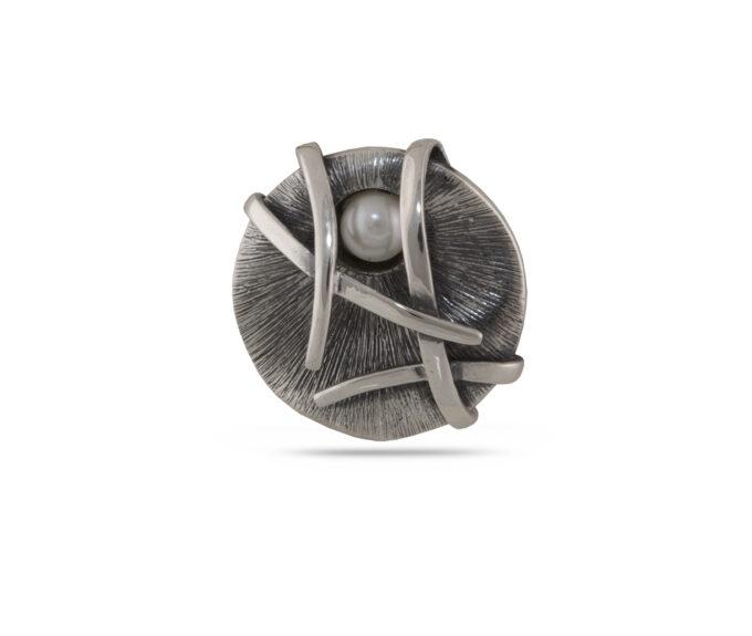 damski-srebaren-medalion-s-rechna-perla-visylka-ot-srebro-s-perli-891m