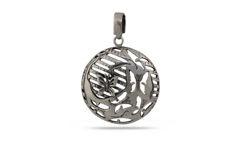 damski-srebaren-medalon-s-vpleteni-peperudi-masiven-model-781m-ot-studio-nikolas