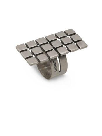 stilen-srebyren-prysten-kvadratcheta-671r