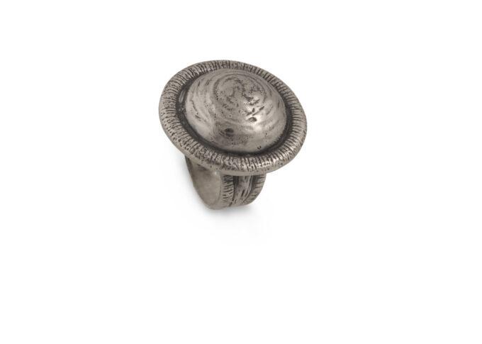 Патиниран-пръстен-от-сребро-с-кръгла-форма-673R-николас