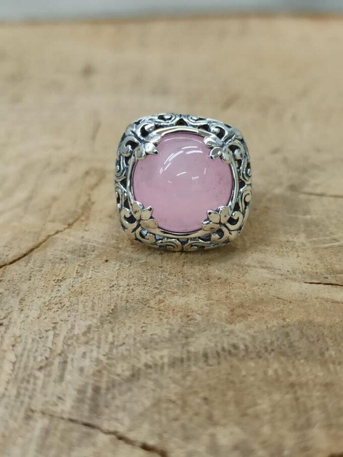 масивен-дамски-сребърен-пръстен-розов-кварц-студио-николас