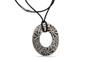 сребърен-медальон-емайл-седеф-653M