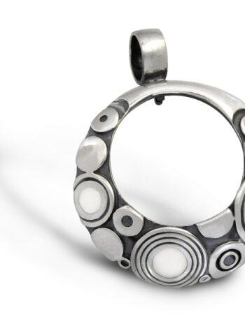 сребърен-медальон-емайл-291M