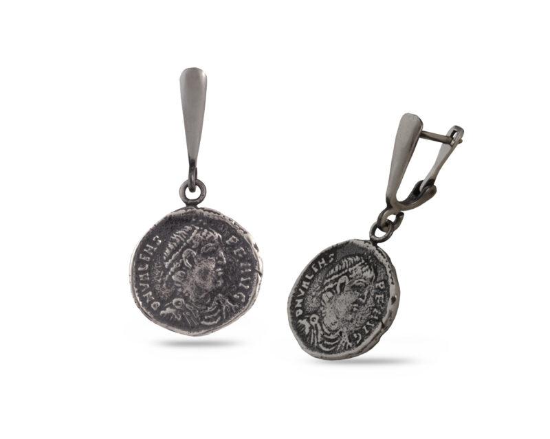 """Сребърни обеци с""""монети"""", ръчно изработен модел 603E на Студио Николас."""