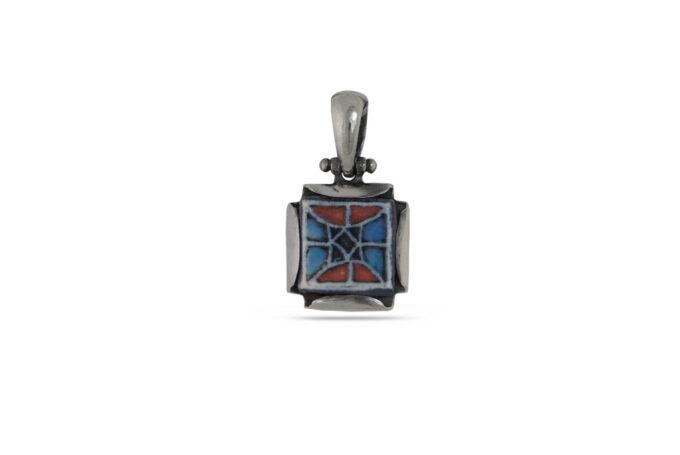 damski-srebaren-medalon-s-kvadratna-forma-i-prekrasna-keramika-avtorski-model-1140m-na-nikolas