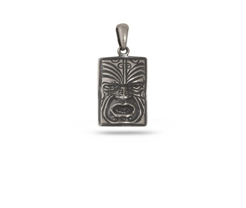 srebaren-medalon-maska-640m-v-pravoagalna-forma-i-izobrazhenie-na-indianska-maska-studio-nikolas