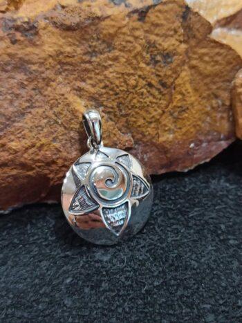 srebyren-medalion-slance