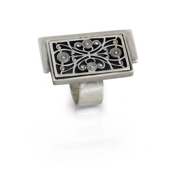 сребърен-пръстен-по-дължината-на-пръста-487R