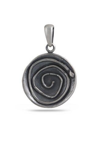 damski-strebyren-medalion-visulka-ot-srebro-krygla-forma-854m