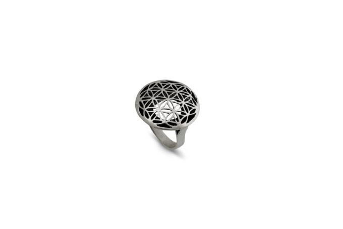 Дамски-сребърен-пръстен-Цветето-на-живота-Николас