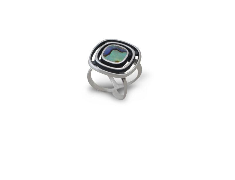 дамски-сребърен-пръстен-със-седеф-николас-611R