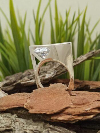 Дамски-сребърен-пръстен-с-цирконий-красив-модел-187R-на-Студио-Николас