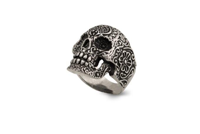 Масивен-пръстен-от-сребро-череп-с-цветя-1290R