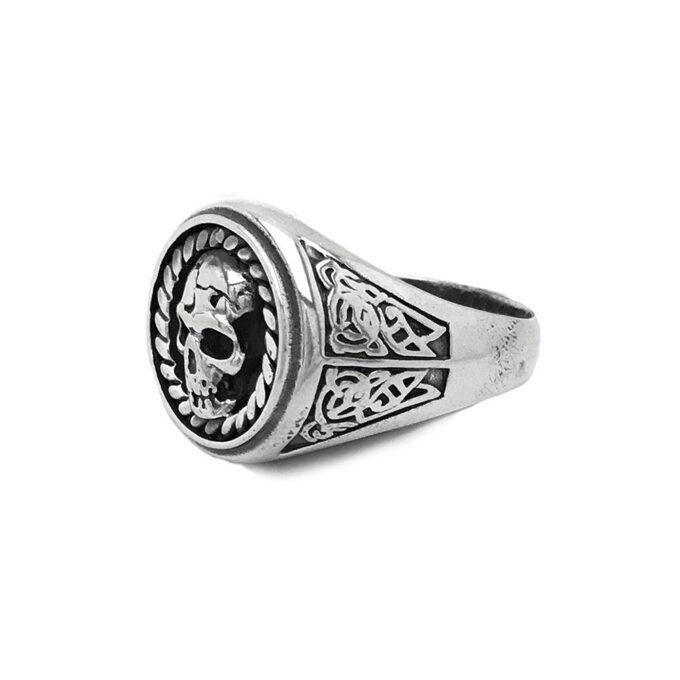 сребърен-пръстен-череп-без-камъни