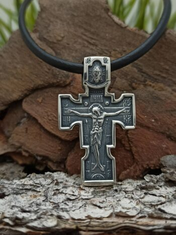 masiven-dvulitsev-medalion-vav-formata-na-srebaren-krast-s-razpiatie-1285m-studio-nikolas