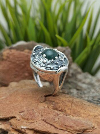 Дамски-сребърен-пръстен-с-естествен-камък-мъхов-ахат-1267R-Студио-Николас