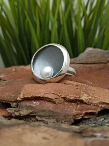 дамски-сребърен-пръстен-от-сребро-с-перла-1320R-студио-николас