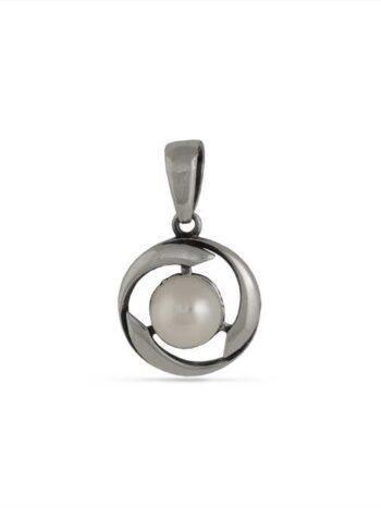 damski-srebaren-medalion-s-rechna-perla-1386m-studio-nikolas-komplekt-s-prysten-s-perla-obici-s-perla