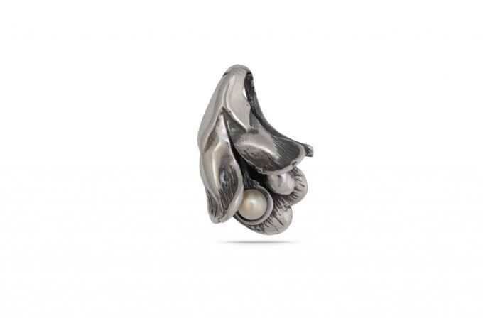 visulka-srebro-1070M-perla