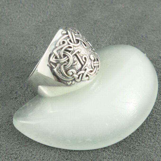 Масивен-сребърен-пръстен-Дървото-на-живота-–-Yggdrasil-