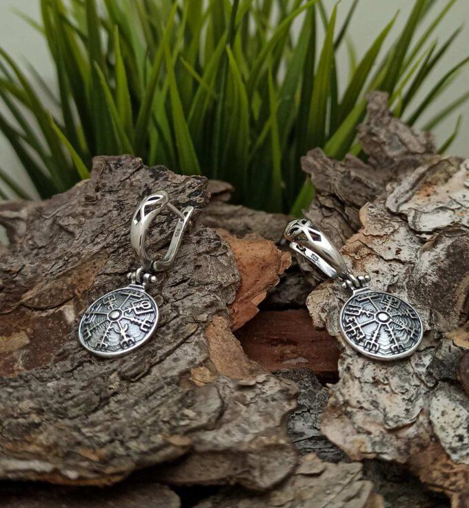 """Обеци от сребро с викингски компас """"VEGVISIR"""" 1423E модел на Студио Николас VEGVISIR исландски Vegvísir Това което показва пътя"""