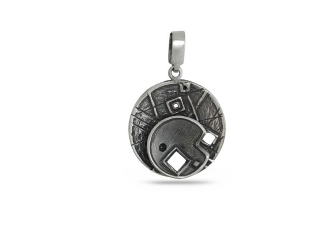 krygla-srebyrna-visulka-1036M