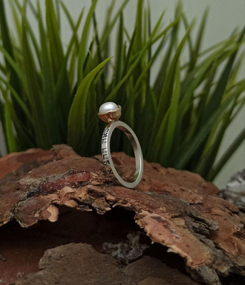 krasiv-nejen-kabala-prysten-srebro-amulet-talisma-perla-zlatna-korona-1452rg-studio-nikolas