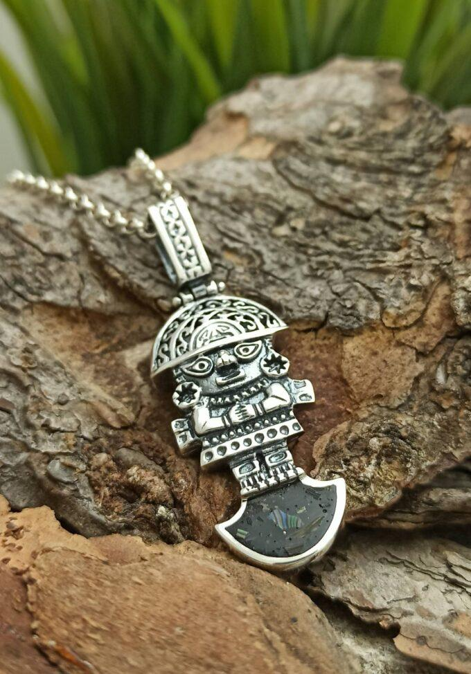 Сребърен медальон Туми Перу талисман за късмет Студио Николас