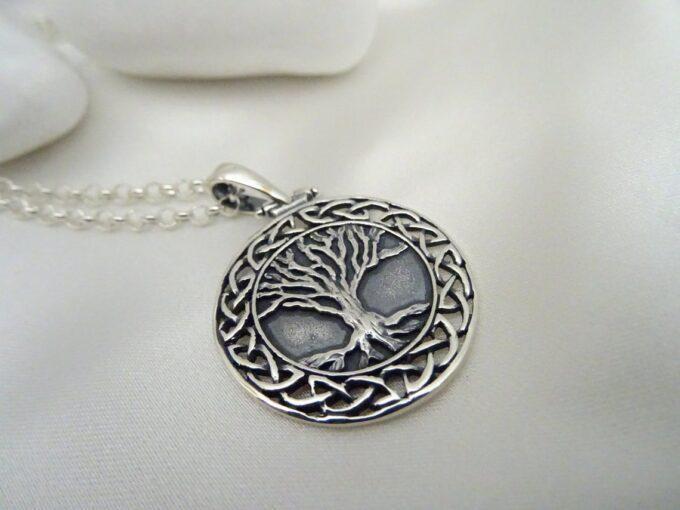 unisex-medalion-ot-srebro-dyrvoto-na-jivota-yggdrasil-1424m-studio-nikolas