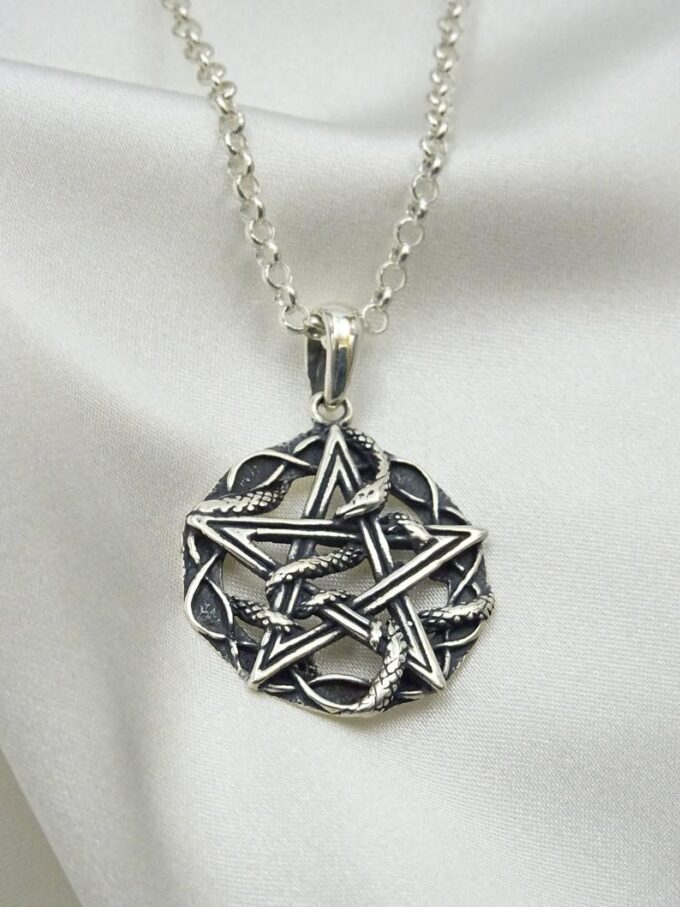 Pentagram-Necklace-Pentacle-Necklace-Occult-Pendant-Pentagram-Pendant-Mystical-Jewelry-Unisex-studio-nikolas