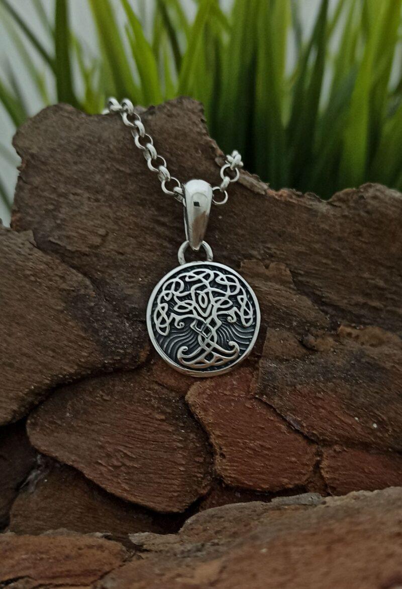medalon-ot-srebro-darvo-na-zhivota-yggdrasil-1427m-ot-studio-nikolas