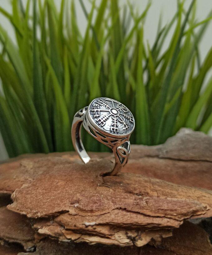 damski-srebyren-prysten-vegvizir-vikingski-model-1422r-studio-nikolas-viking-ring