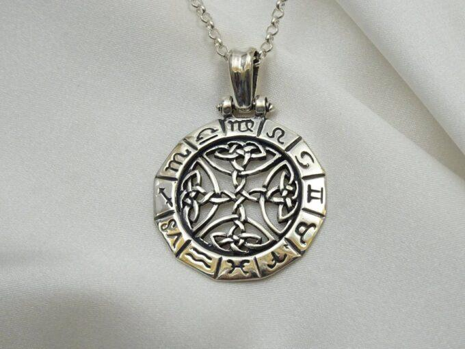 srebaren-medalion-zodiak-kelstski-motivi-433t-studio-nikolas-5