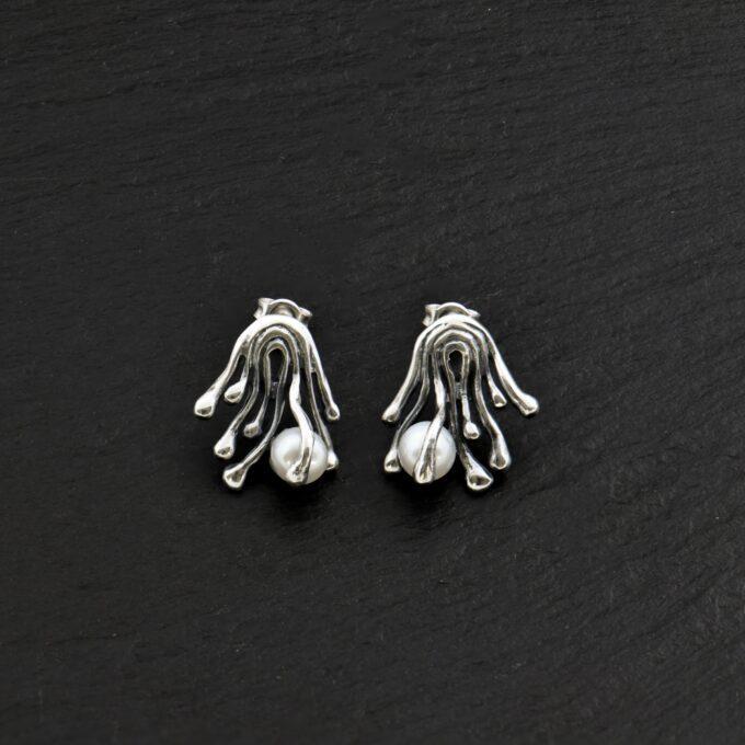 Дамски сребърни обеци Клематис с инкрустирана речна перла 992E