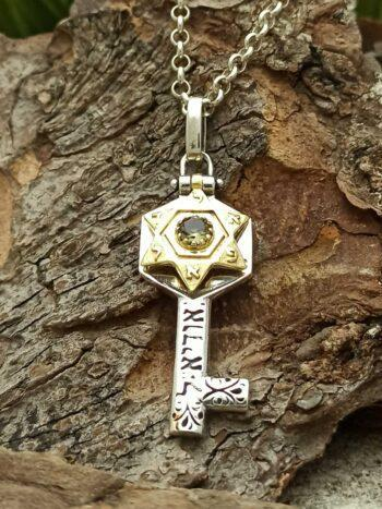 kabbalah-srebaren-kluch-amulet-arhangel-uriel-kamak-sultanit-studio-nikolas-1470ms