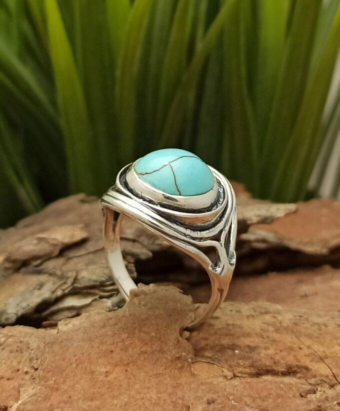 Ръчно изработен масивен дамски сребърен пръстен с тюркоаз 1225RT от Студио Николас