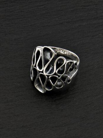 srebyren-prysten-chast-ot-kolekcia-bijuta-podarak-za-lubimata-jena-sterling-silver-ring-016r