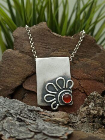 damski-sreb-ren-medalion-s-koral-1307m-fabrika-za-srebyrni-bijuta-studio-nikolas-verijka